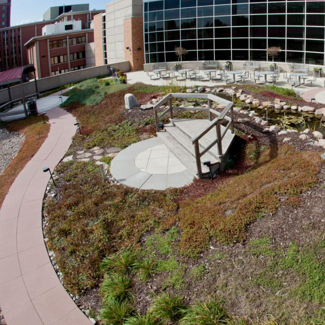 Superb Rooftop Garden At Hixson Lied Center
